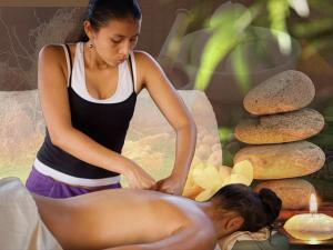 ayurvedic-massage-services